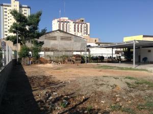 Terreno en Ciudad Ojeda Zulia,Avenida Bolivar REF: 15-2650