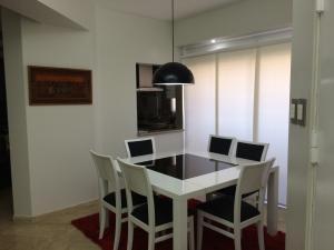 Apartamento en Maracaibo Zulia,Banco Mara REF: 15-3057