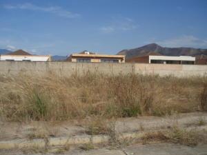 Terreno en Valencia Carabobo,Lomas del Country REF: 15-3133