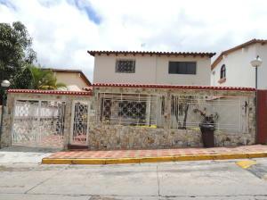 Casa en Los Teques Miranda,San Homero REF: 15-3315