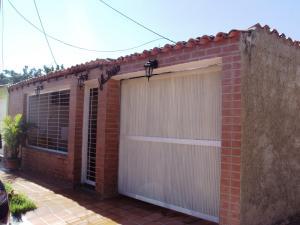 Casa en Maracay Aragua,Villas de Aragua REF: 15-3392