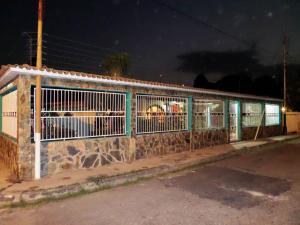 Casa en Maracay Aragua,Los Samanes REF: 15-3538