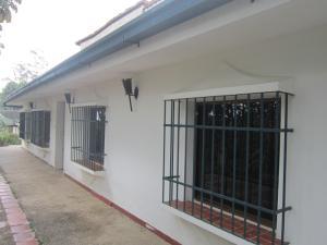 Casa en Los Teques Miranda,Club Hipico REF: 15-3973