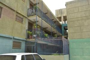 Apartamento en Maracaibo Zulia,Sierra Maestra REF: 15-4116
