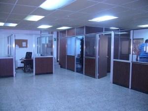 Comercial en Maracaibo Zulia,Zona Industrial Sur REF: 15-4143