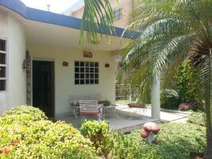 Casa en Maracaibo Zulia,Los Claveles REF: 15-4255