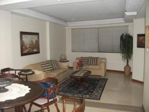 Apartamento en Maracaibo Zulia,Tierra Negra REF: 15-4306