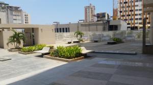 Apartamento en Maracaibo Zulia,Avenida Bella Vista REF: 15-4398