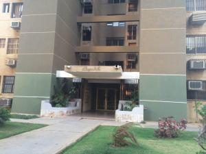 Apartamento en Maracaibo Zulia,Fuerzas Armadas REF: 15-4404