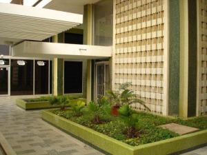 Comercial en Maracaibo Zulia,Avenida Bella Vista REF: 15-5064