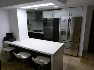 Apartamento en Maracaibo Zulia,Bellas Artes REF: 15-5148