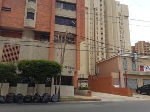 Apartamento en Maracaibo Zulia,Tierra Negra REF: 15-5168