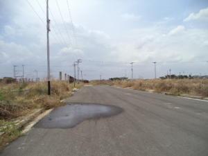 Terreno en Valencia Carabobo,Flor Amarillo REF: 15-5604