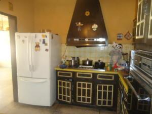 Casa en Maracaibo Zulia,Las Lomas REF: 15-5691