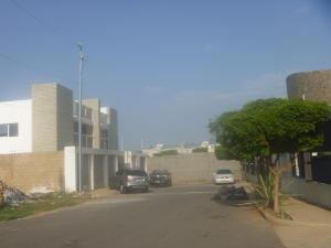 Apartamento en Maracaibo Zulia,Monte Bello REF: 15-5950