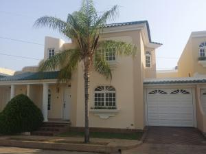 Casa en Maracaibo Zulia,Fuerzas Armadas REF: 15-6015