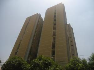 Apartamento en Maracaibo Zulia,Valle Claro REF: 15-6030