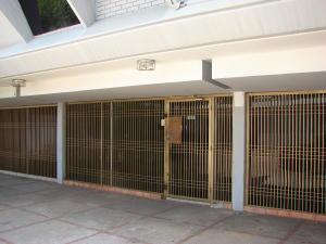 Comercial en Maracaibo Zulia,Avenida Bella Vista REF: 15-6089