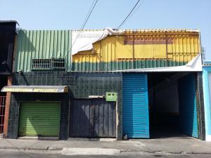 Comercial en Maracay Aragua,Santa Rosa REF: 15-6186