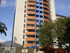 Apartamento en Maracay Aragua,Base Aragua REF: 15-6356