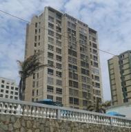 Apartamento en La Guaira Vargas,Macuto REF: 15-6671