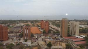 Apartamento en Maracaibo Zulia,Banco Mara REF: 15-7021