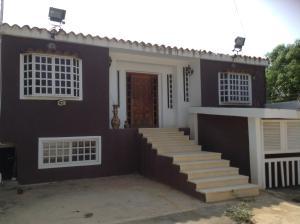 Casa en Ciudad Ojeda Zulia,Cristobal Colon REF: 15-7102