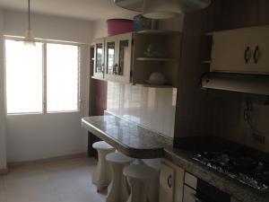 Apartamento en Maracaibo Zulia,Monte Claro REF: 15-7083