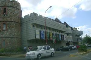 Comercial en Coro Falcon,Av Manaure REF: 15-7095