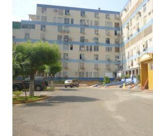 Apartamento en Maracaibo Zulia,El Trebol REF: 15-7101