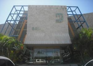 Comercial en Maracaibo Zulia,Las Delicias REF: 15-7135