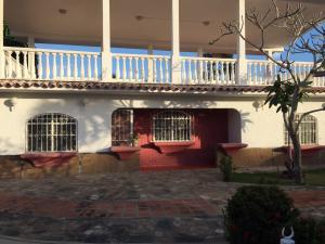 Casa en Rio Chico Miranda,Las Mercedes de Paparo REF: 15-7604