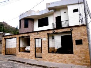 Casa en Maracay Aragua,El Limon REF: 15-7889