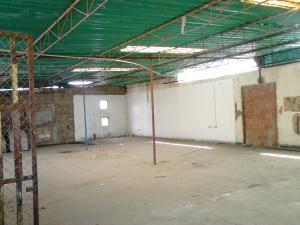 Comercial en Maracaibo Zulia,Avenida Milagro Norte REF: 15-8632