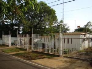 Comercial en Cabimas Zulia,Zulia REF: 15-8797