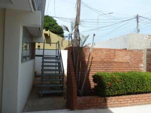 Comercial en Maracaibo Zulia,La Estrella REF: 15-8861
