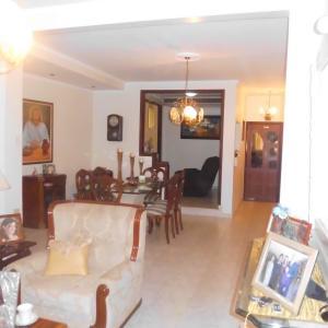 Casa en Maracaibo Zulia,Monte Claro REF: 15-9091