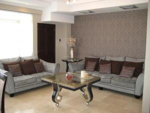 Apartamento en Maracaibo Zulia,Tierra Negra REF: 15-9211
