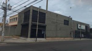Comercial en Maracaibo Zulia,Santa Rita REF: 15-9233