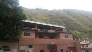 Apartamento en La Guaira Vargas,Macuto REF: 15-9578