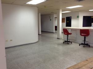 Comercial en Ciudad Ojeda Zulia,Cristobal Colon REF: 15-10100