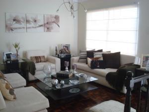 Casa en Maracaibo Zulia,Rosal Sur REF: 15-10252