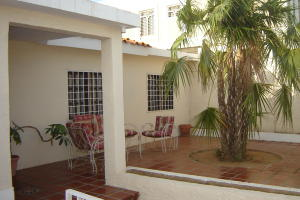 Casa en Maracaibo Zulia,Rosal Sur REF: 15-10286