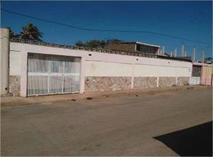 Casa en Coro Falcon,Prolongacion Manaure REF: 15-10948