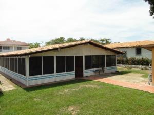 Casa en Rio Chico Miranda,Las Mercedes de Paparo REF: 15-11028