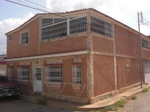 Casa en Coro Falcon,Las Eugenias REF: 15-11360