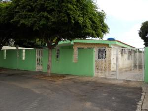 Casa en Maracaibo Zulia,San Rafael REF: 15-11663