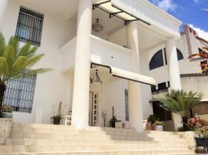 Casa en Los Teques Miranda,Municipio Guaicaipuro REF: 15-13471