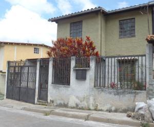 Casa en Los Teques Miranda,San Homero REF: 15-13676