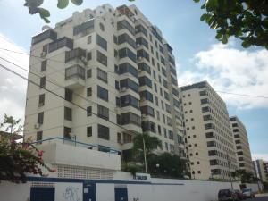 Apartamento en La Guaira Vargas,Macuto REF: 15-14536